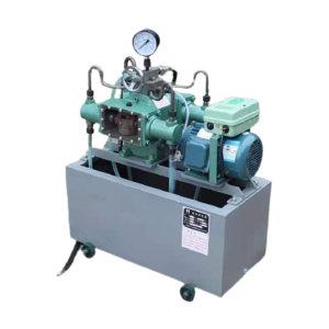 SHIHUAN/世环工具 电动试压泵 4DSB-10 电压380V  最高压力10MPa 电机功率3kW 排水口设置为3个 水箱尺寸750×850×750mm 1台