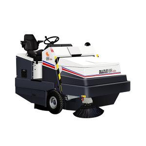 DULEVO/道路宝 意大利进口原装驾驶式燃油款重粉尘扫地车 120DK(报备机型) 清洁效率 21000m²/h 清扫宽度150cm 1辆