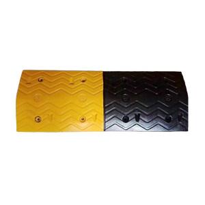 XIANGCHEN/襄辰 加宽橡胶减速带 JS005 黄黑 单个尺寸1000×380×50mm(±10mm) 1个