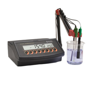 HANNA/哈纳 多功能化学分析仪 HI2216 –2.0~16.0pH/–2.00~16.00pH/–2.000~16.000pH/±999.9mV/±2000mV/0.001~19990PPM(mg/L) 1台