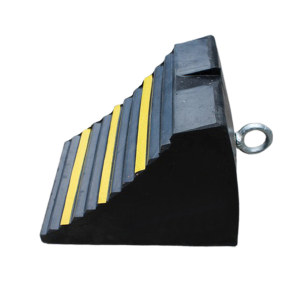 XIANGCHEN/襄辰 车轮空心止滑挡块 DC013 单个尺寸240×170×165mm(±10mm) 1个