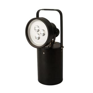 DNP/德普威 手提式探照灯 DHX05 额定功率:9W           电池容量:4400mAh           电池电压:14.8V           总光通量:900Lm           工作照明:大于16小时           充电时间:小于6小时           防护等级:IP65           外部尺寸:直径144mm,高290mm           整体重量:2.5Kg           外壳材料:铝合金           底座磁吸功能           低电报警 1个