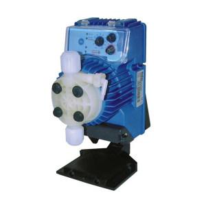 SEKO 加药泵 AKS803NHP0800 最大流量54L/h 进口出口口径10mm 最大工作压力50bar PVDF泵头 40W 1个